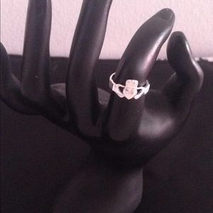 Ring SZ5 approx Sterling silver 925no wear or tear